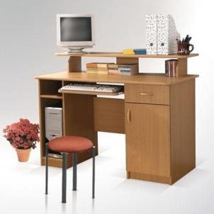 Darbo stalas Max alksnis Baldai sandėlyje.