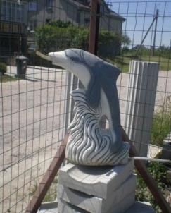 Betoninis 'Delfinas-fontanas', H-55 cm Dekoratīvās betona izstrādājumi