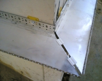 Cokolinis profilis U 150 L-2,5m (0.8mm) Mezzanine profiles, aluminium