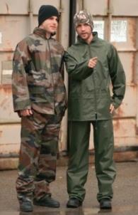 Komplektas neperšlampamas - striukė ir kelnės - Mil-Tec, kamufliažas Speciālie apģērbi