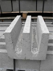 Fasciju bloki Sr 2-4 (BROLIO) Betona bloki