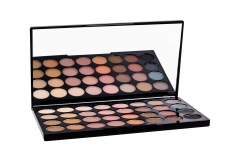 Akių šešėlių paletė Makeup Revolution London Flawless Matte Palette Cosmetic 16g