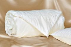 Antklodė su natūralaus Mulberry šilko užpildu, 140x200 cm (1.75 kg) Antklodės