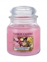 Aromatinė žvakė Yankee Candle Fresh Cut Roses Scented Candle 411g