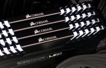 Atmintis Corsair Vengeance LED 2x8GB DDR4 3000MHz C15 - White LED