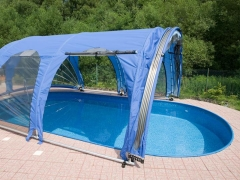 Oval pool cover 10.0x4.1m