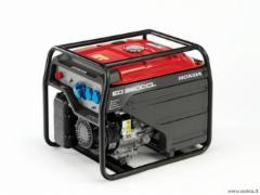 Benzininis generatorius Honda EG 3600 Benzininiai elektros generatoriai