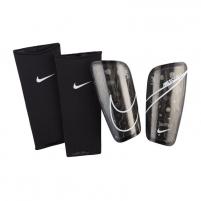 Blauzdų apsaugos Nike Mercurial Lite M SP2120-013 Futbols aizsardzība