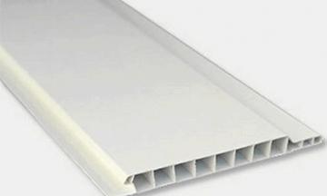 Dailylentė sustiprintos universali baltos spalvos ilgis - 2,7 m. x 100 mm Dailylentės (PVC, MPP, medžio)