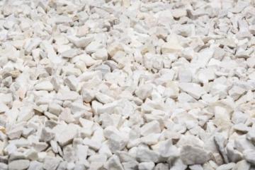 Dekoratyvinė marmuro skalda, balta, 20kg Dekoratyviniai akmenys, skalda