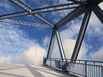 Inžineriniai metaliniai statiniai keliams Metalo konstrukcijos ir kiti gaminiai