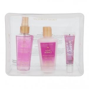 Kosmetikos rinkinys Victoria´s Secret Love Addict Nourishing body spray 60ml Kosmetikos rinkiniai