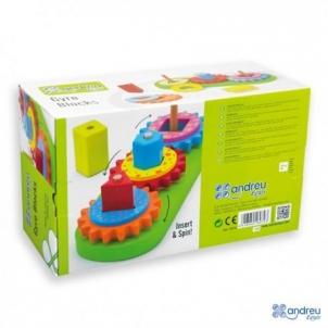 Lavinamasis medinis žaislas 2+