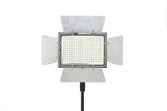 LED šviestuvas - prožektorius YongNuo YN-900 (3200K-5500K)