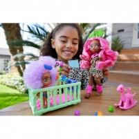 Lėlė GNL92 Cave Club Wild About Babysitting Playset Mattel