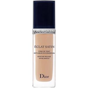 Makiažo pagrindas Christian Dior Diorskin Eclat Satin 200 Cosmetic 30ml Makiažo pagrindas veidui