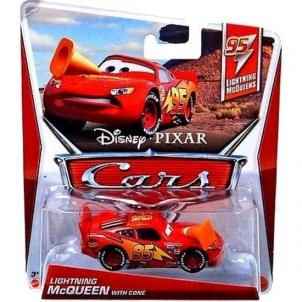 Mattel Y7235 / W1938 Disney Cars LIGHTNING McQueen