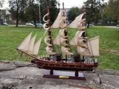 Medinio laivo modelis CONFECTION 42 cm X 48 cm Kuģu un laivu bērniem