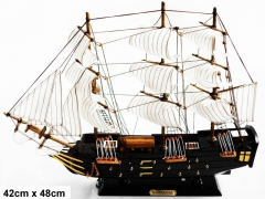 Medinis laivo modelis ''CONFECTION'' 42cmX48cm 004gts Ships and boats for kids