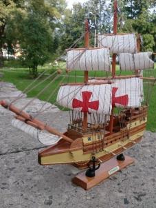 Medinis laivo modelis 'BAHAMAS' (40cmX36cm) 0328 Kuģu un laivu bērniem