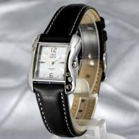 Moteriškas laikrodis Q&Q W333J301R