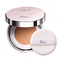 Pudra Dior Moisturizing make-up in SPF 50 Dreamskin (Moist & Perfect Cushion) 2 x 15 g Pudra veidui