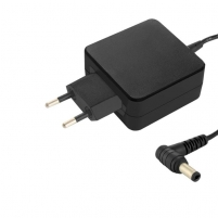 Qoltec Ultrabook Power Supply Toshiba 45W | 19V | 2.37 A | 5.5*2.5