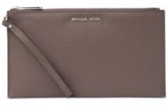 Handbag Michael Kors Elegant brown leather handbag Studio Mercer Large Zip Clutch