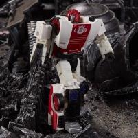 Robotas E4496 / E3432 Transformers War for Cybertron WFC-S35 Red Alert Robots toys