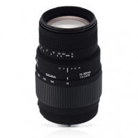 Sigma AF 70-300mm F4-5.6 DG MACRO for Canon, 14 Elements in 10 Groups, Angle of View: 34.3degrees - 8.2degrees, 9 Blades Lēcas