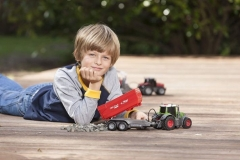 Traktorius Dickie Toys Vario Fendt 203737002 Tractor with Friction, Light, Sound and BatteryFly ТРАКТОР 41 cm