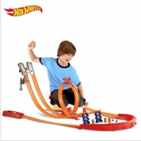 Trasa Y0276 Hot Wheels Super Track Pack Playset with 2 Cars NEW