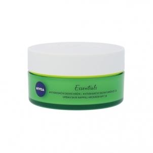 Veido kremas Nivea Essentials Urban Skin Defence Day Care SPF20 Cosmetic 50ml