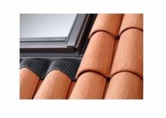 VELUX lango tarpinė banguotai stogo dangai EDW 2000 UK04 134x98 cm.