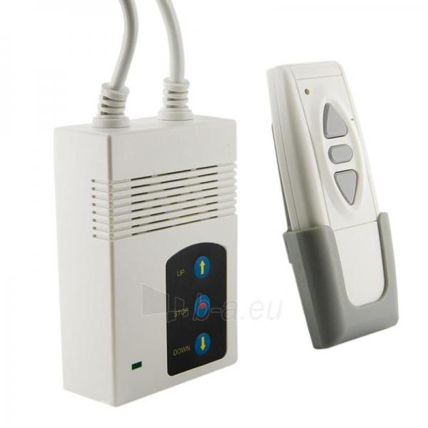 4World Elektrinis projektoriaus ekranas, remote, 140x140 (1:1) Matt White Paveikslėlis 3 iš 9 30058000068