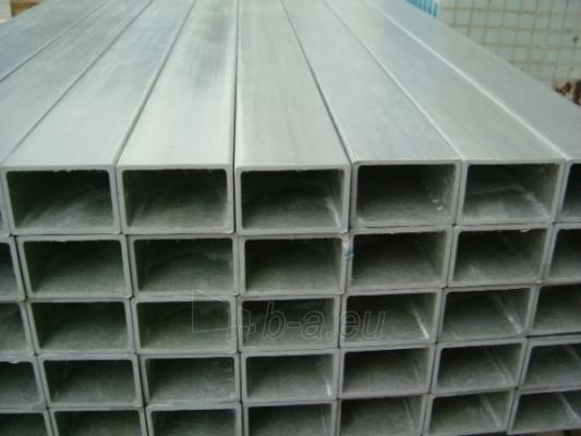 Rectangular tubes 60x40x4 Paveikslėlis 1 iš 1 210820000021