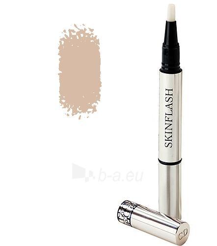 Christian Dior Skinflash Backstage Makeup Radiance Booster Pen Cosmetic 1,5ml (Color 002 Candlelight) Paveikslėlis 1 iš 1 250873200309