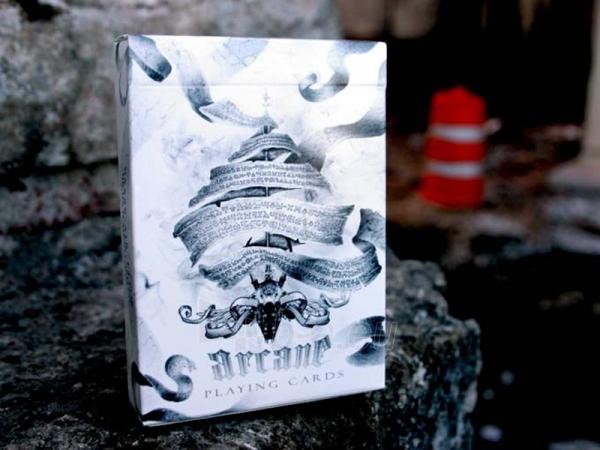 Ellusionist Arcane White Bicycle kortos Paveikslėlis 1 iš 14 251010000262