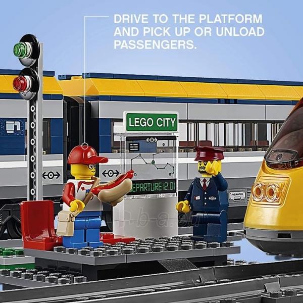 Konstruktorius LEGO 60197 City Trains Passenger Train Set, Battery Powered Engine Paveikslėlis 3 iš 6 310820249511