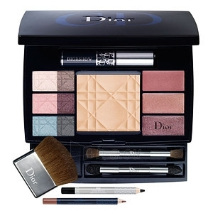 Cosmetic set Christian Dior Travel Studio 220g (without box) Paveikslėlis 1 iš 1 2508200000678