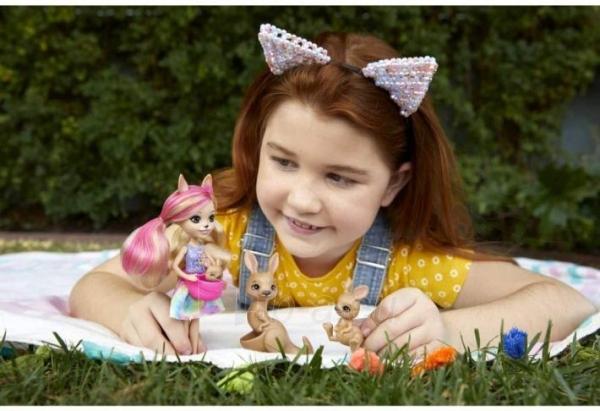 Lėlė GTM31 / GJX43 Enchantimals Sunny Savanna Kamilla Kangaroo Doll with Kangaroo Family Pet MATTEL Paveikslėlis 1 iš 6 310820252912