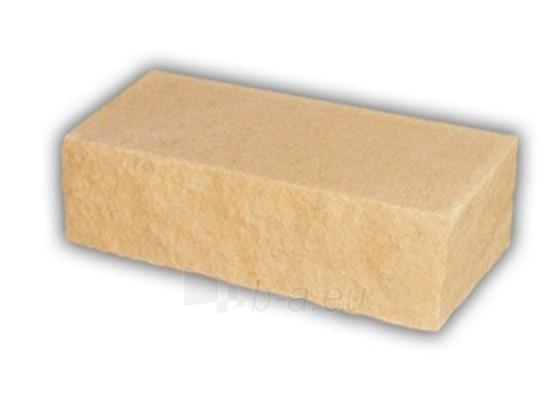 Brick, hewn, yellow, corner 230x88x71 Paveikslėlis 1 iš 1 237610100013