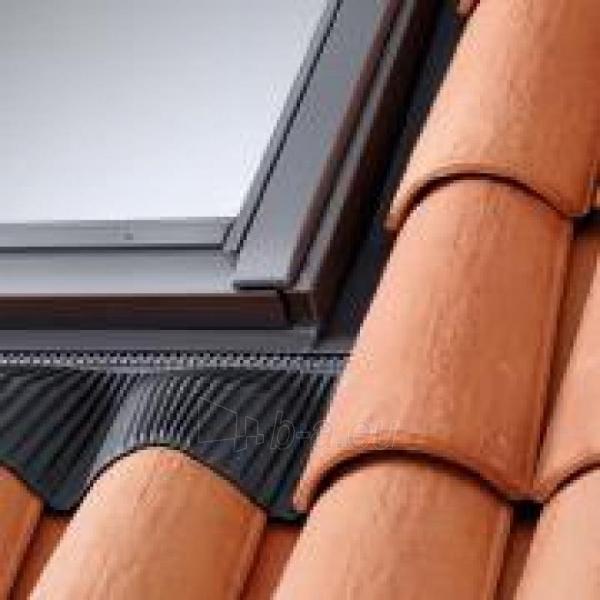 Roof window gasket VELUX EDW M08 78 x140, for profiled roof Paveikslėlis 1 iš 1 237910000555