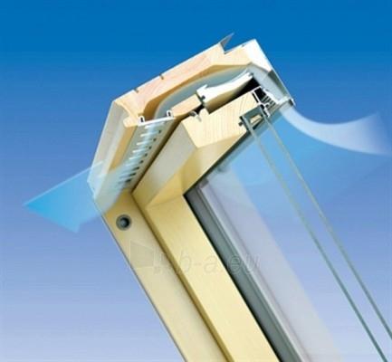 Roof windows FAKRO FTP-V with glass U3, 114x118 cm, pine wood Paveikslėlis 4 iš 4 237910000410