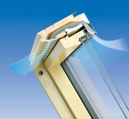 Stoglangis FAKRO FTP-V su stiklo paketu U3, 94x140 cm, pušies medienos Paveikslėlis 4 iš 4 237910000409