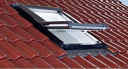 Roof window Roto R45H 54x78 cm, wooden Paveikslėlis 1 iš 1 237910000525