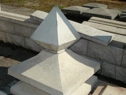 Tvoros stulpo stogelis 320x320 mm.(su prizme) Paveikslėlis 1 iš 1 310820015634